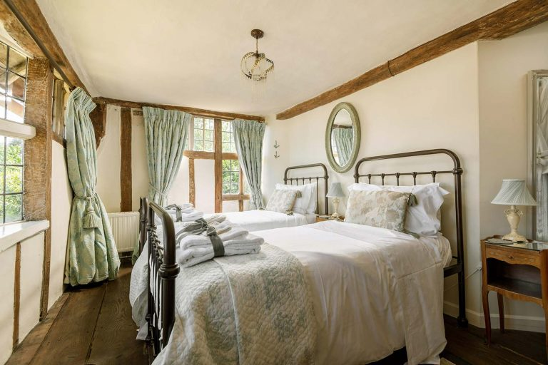 Large holiday cottage in Suffolk | Cressland